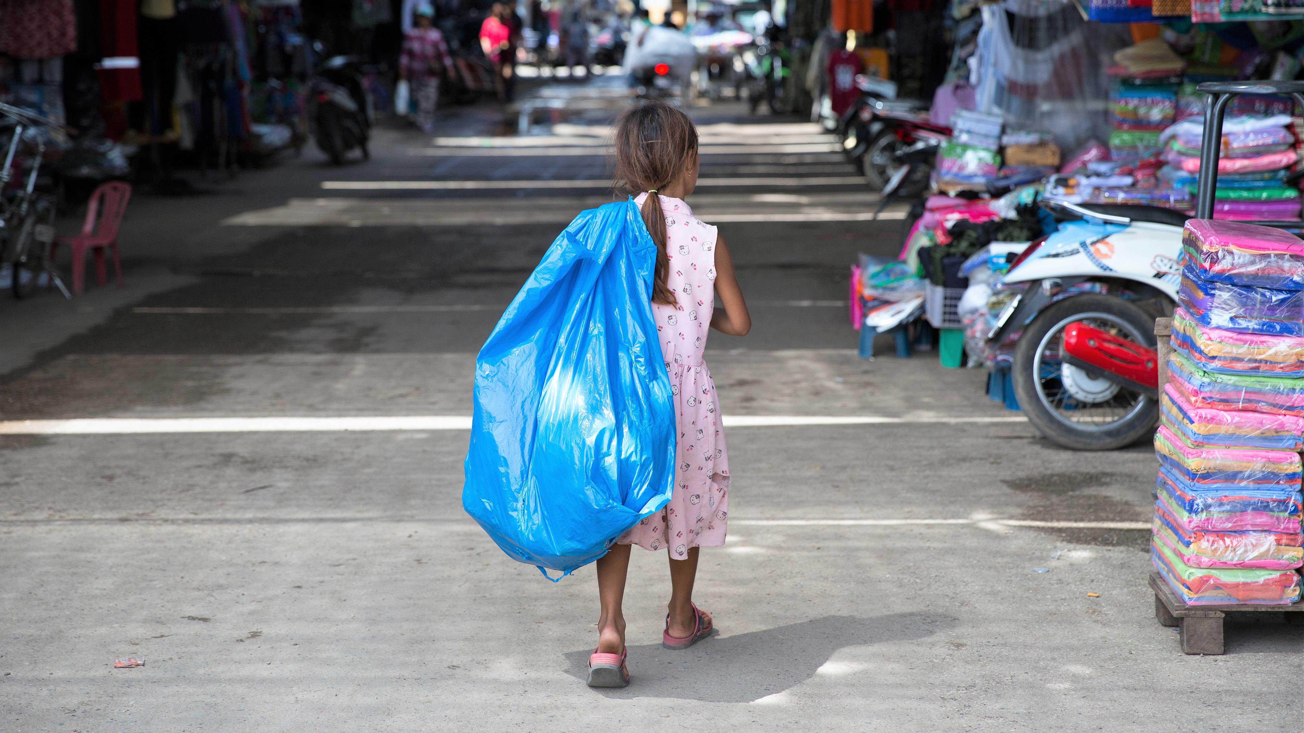 giornata contro lavoro minorile Mani Tese 2017