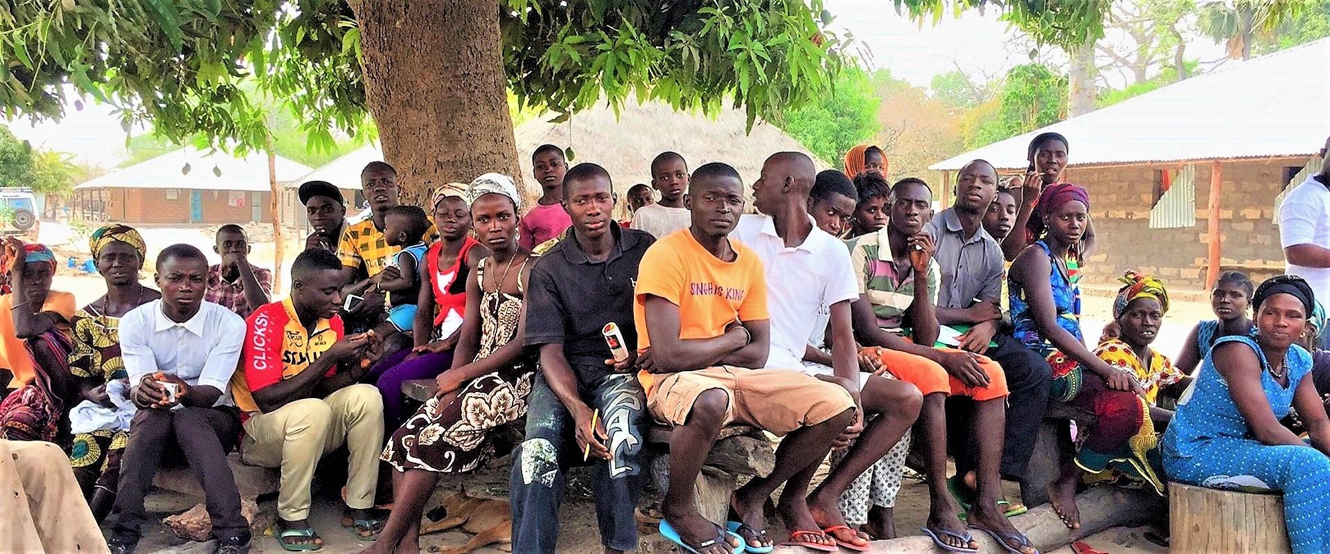 Riunione_Villaggio_Guinea_Bissau_Mani_Tese_2017