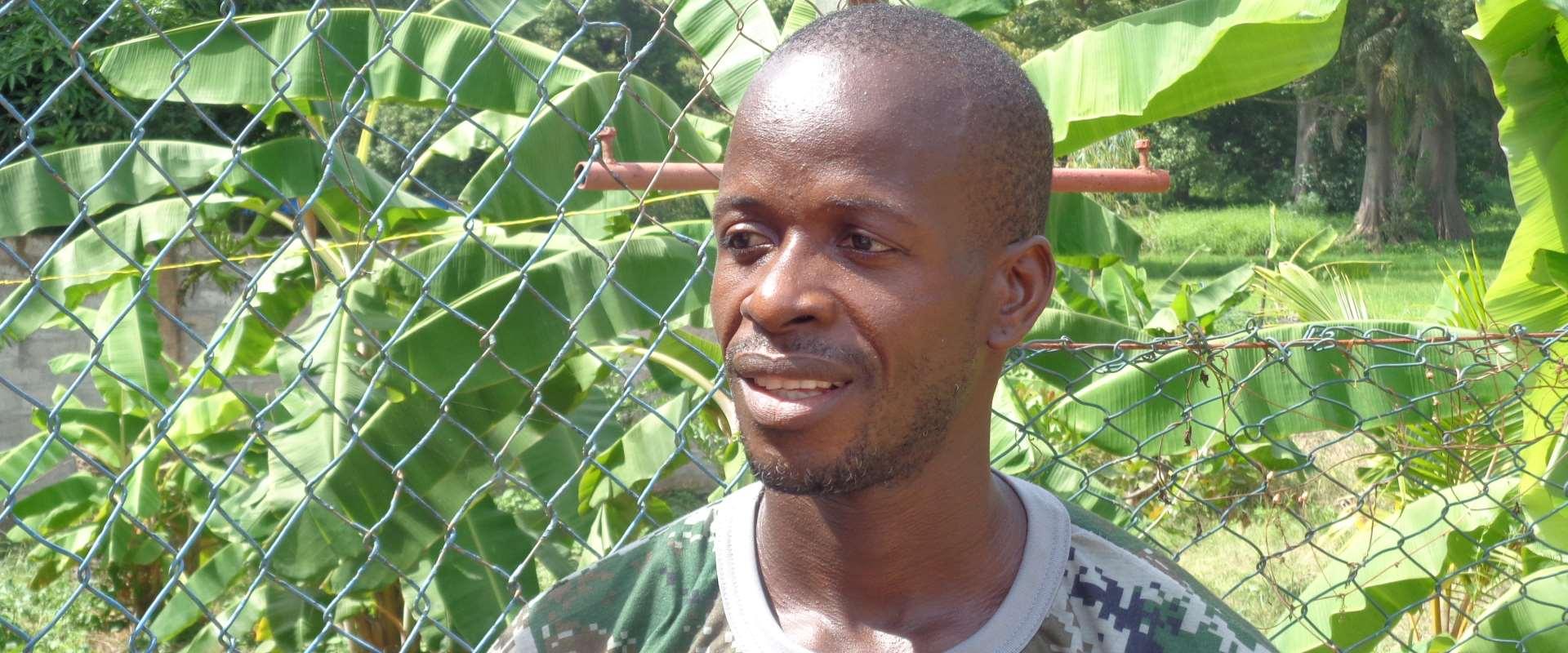 Ivanildo, segretario dell'associazione RENASCER