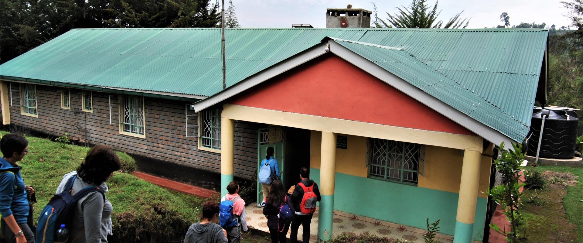 edificio scolastico scale Kenya Mani Tese 2017