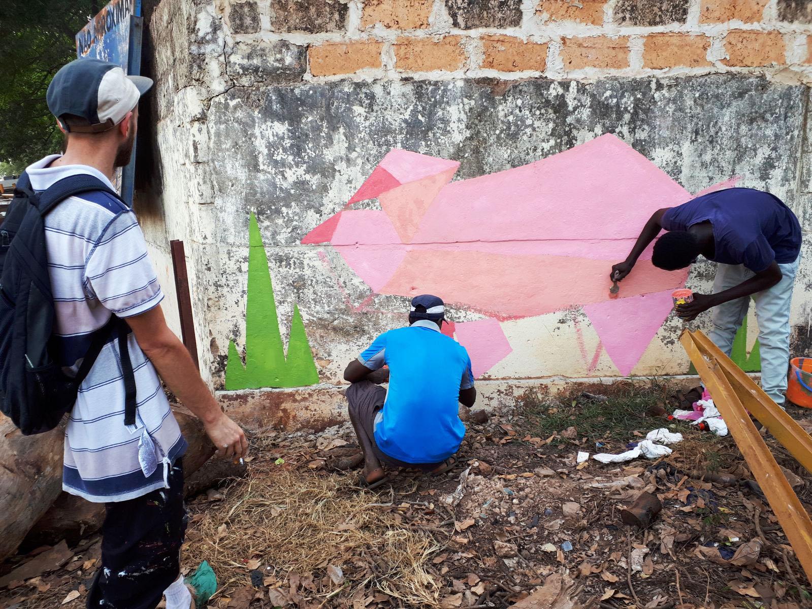 street art maiale Mani Tese Guinea Bissau 2017