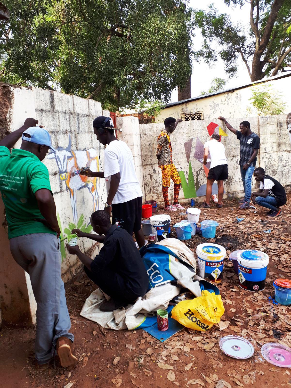 street art pittura Mani Tese Guinea Bissau 2017