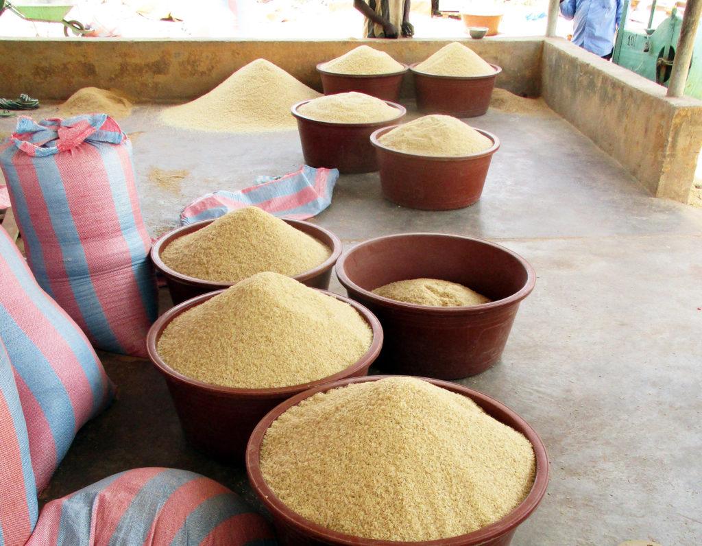 riso decorticazione Burkina Faso Mani Tese 2018