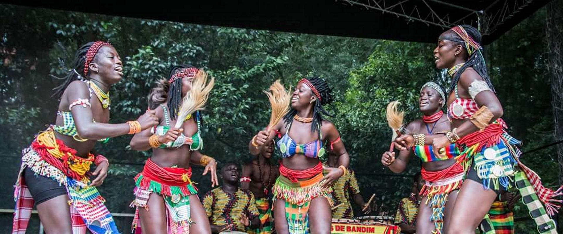 netos de bandim donne danza Guinea Bissau Mani Tese 2018