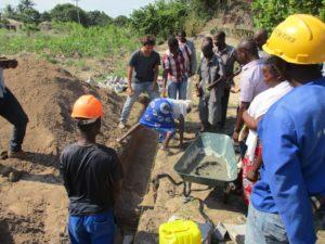 lancio prima pietra magazzino namacurra Mozambico Mani Tese 2018