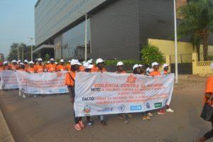 slogan contro violenza donne Mani Tese Guinea Bissau 2018