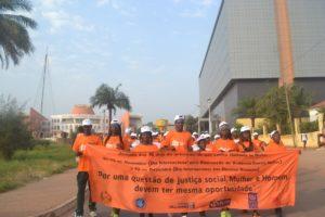 striscione contro violenza donne Mani Tese Guinea Bissau 2018