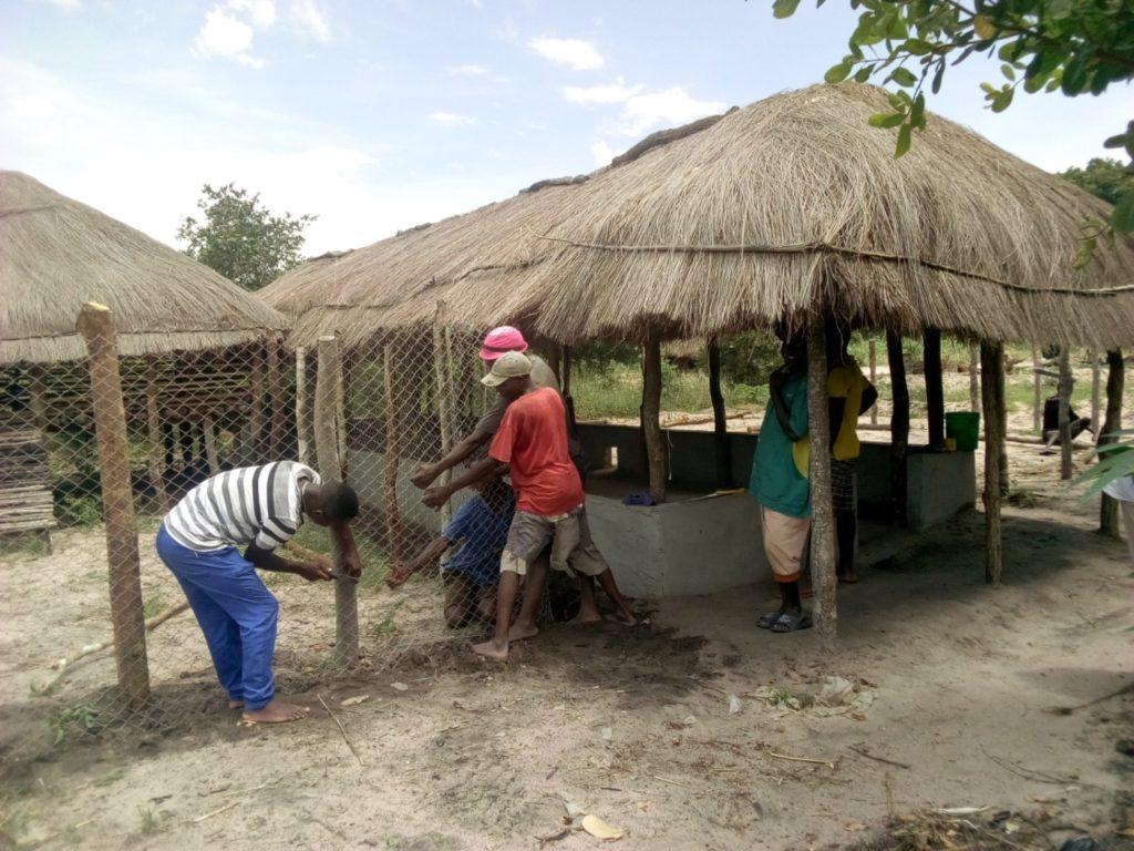 recinzione capre nialene mozambico mani tese 2019