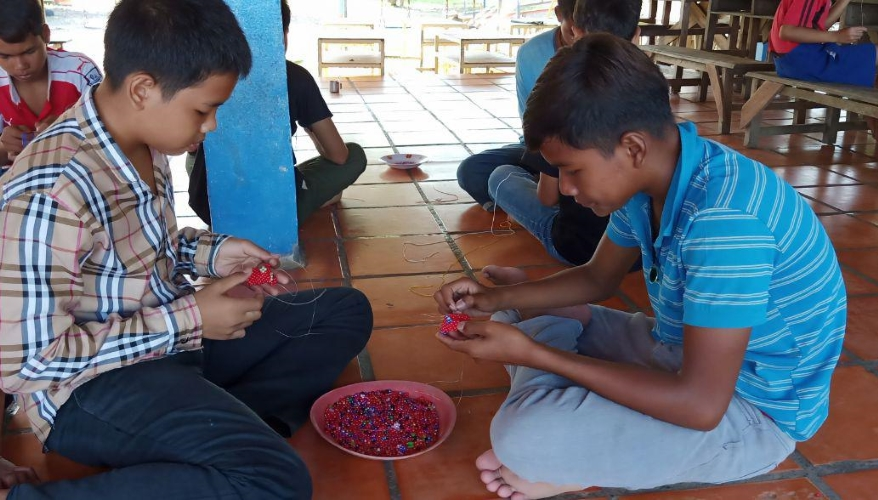 bambini al sicuro cambogia mani tese 2019